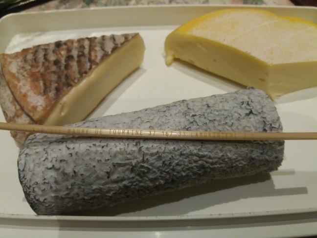 cheverny quesos .jpg